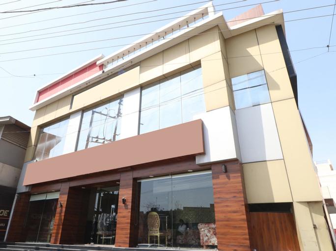 OYO 29950 Hotel Ml Pride, Patiala
