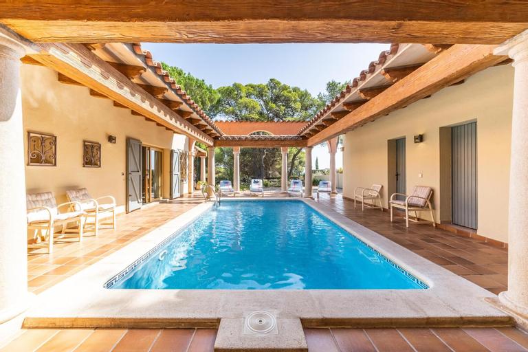 Villa Stephanie, Girona