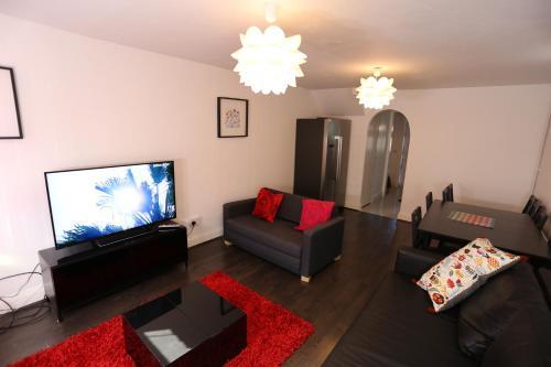 Beautiful 3 beds House West Thamesmead London, London