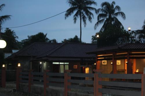 Amazon Bungalow & Cottages, Pangandaran