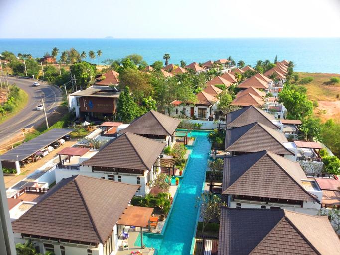 The Oriental Beach Pool Villa & Village, Klaeng