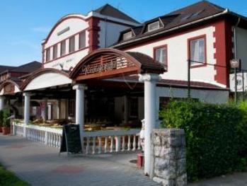 Baranya Hotel Harkany, Siklósi