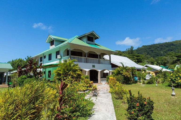 JML Self Catering Holiday Apartments,