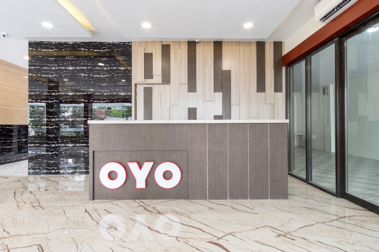 OYO 727 Merlion Hotel, Medan