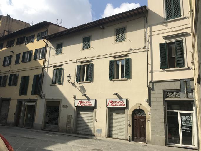 Appartamento 121, Prato