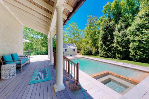 #OB Pool House, Dukes