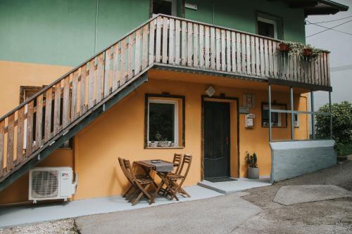 Apartments Metija, Kobarid