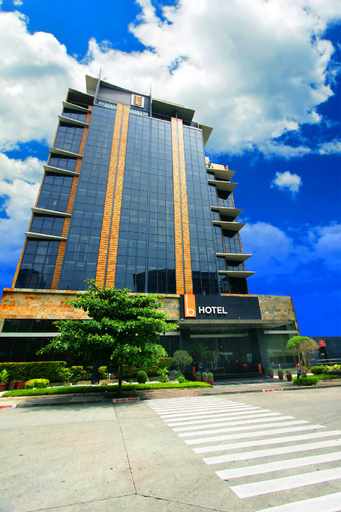 The B Hotel, Muntinlupa