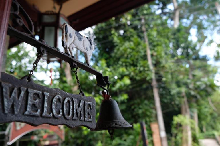 River Inn Resort, Batong