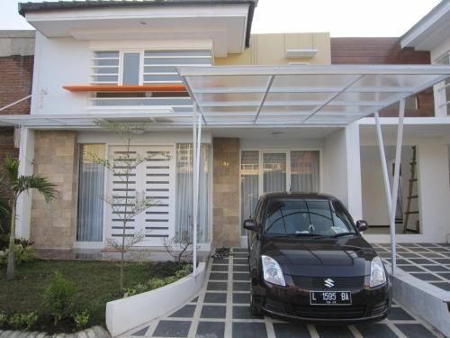 Villa Matahari Batu, Malang