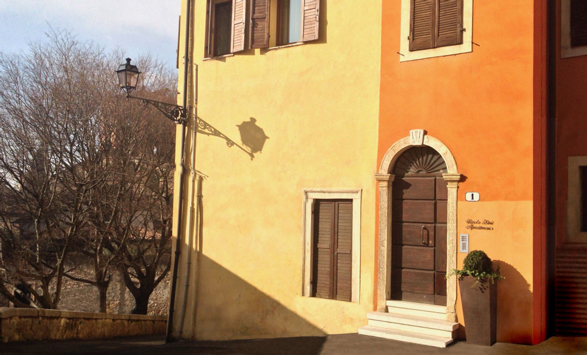 Vicolo Zini Apartments, Verona