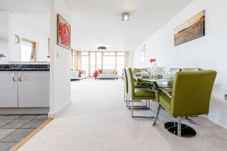 Premium London Excel Apartment, London