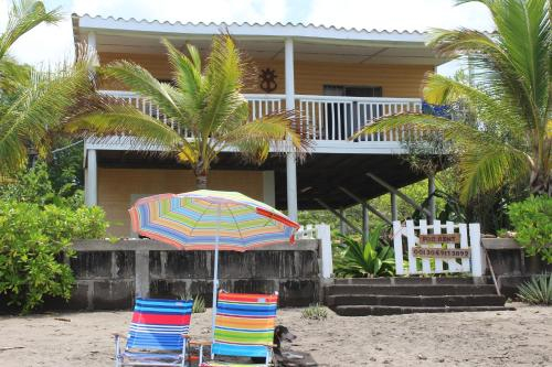 Casa Playa San Diego, Villa Carlos Fonseca