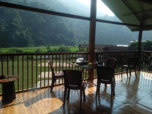 Ba Be lake - Tran Xuan Homestay, Ba Bể