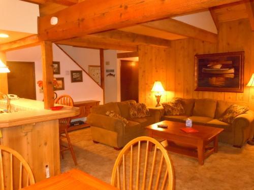 Two-Bedroom Standard Unit #104 by Escape For All Seasons, San Bernardino