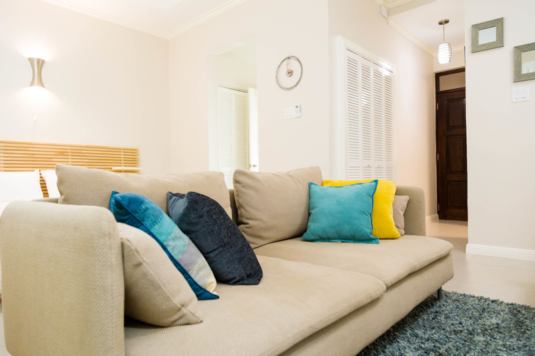 New Kingston Central Guest Apartment,
