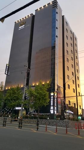 The King Hotel, Yeonje