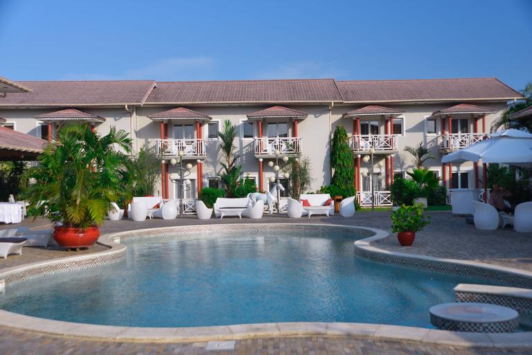 Nomad Suites Residence, Komo-Mondah