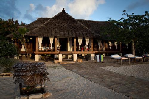 Mandarina Beach Cottage, Lamu West