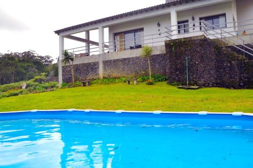 Property with 4 bedrooms in Fenais da Luz with shared pool 27 km from the beach, Ponta Delgada