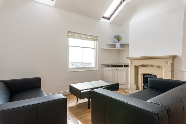 Modern 3 Bedroom Central Brighton House, Brighton and Hove