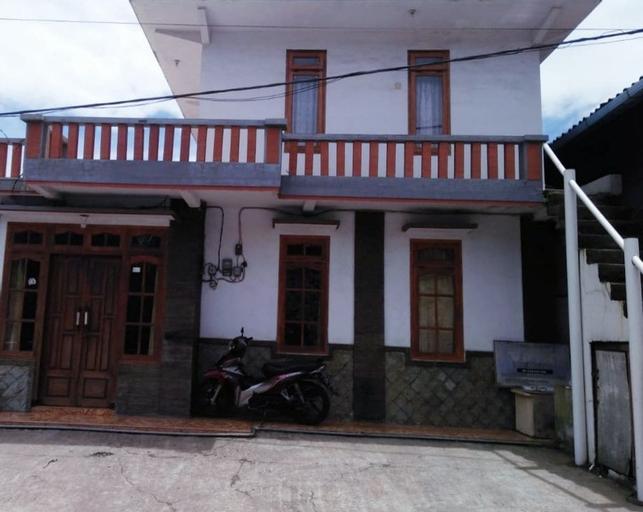 Standard Room at Udin Homestay, Probolinggo