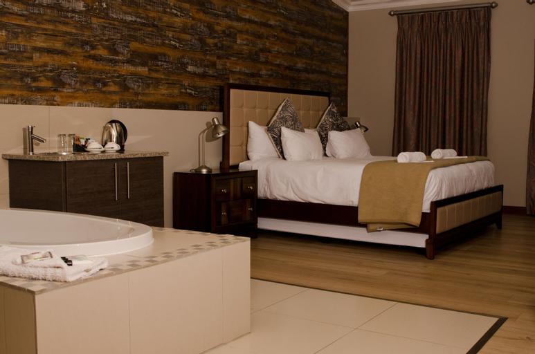 Hotel at Secunda, Gert Sibande