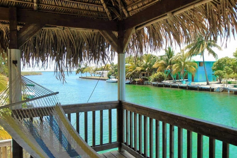 DOLCE CABANA WATERFRONT SUITES,