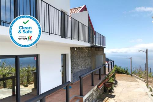 Top of the Cliff Apartments by OurMadeira, Calheta