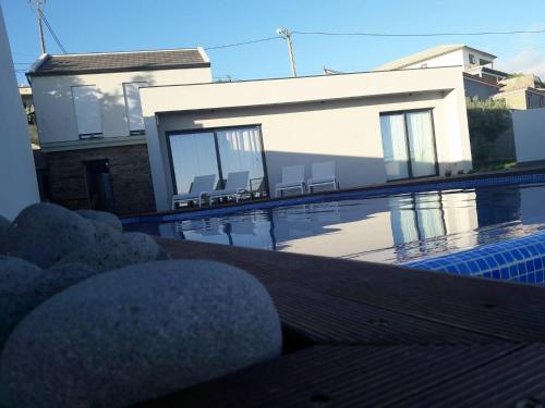 Casa das Andorinhas, Calheta