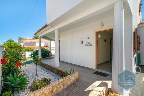 Casa Girassol - Dream Lodging, Albufeira