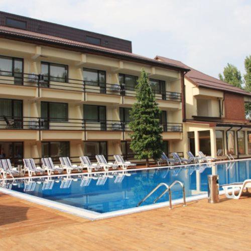 Hotel President, Scornicesti