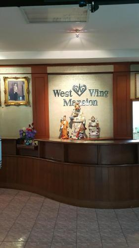 West Wing Mansion, Bangkok Yai