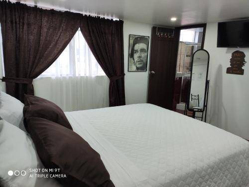 HOTEL EL CHE, Azogues