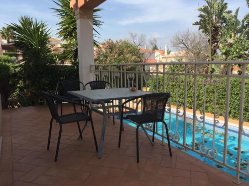 Luxury Villa with a Pool, Portimão