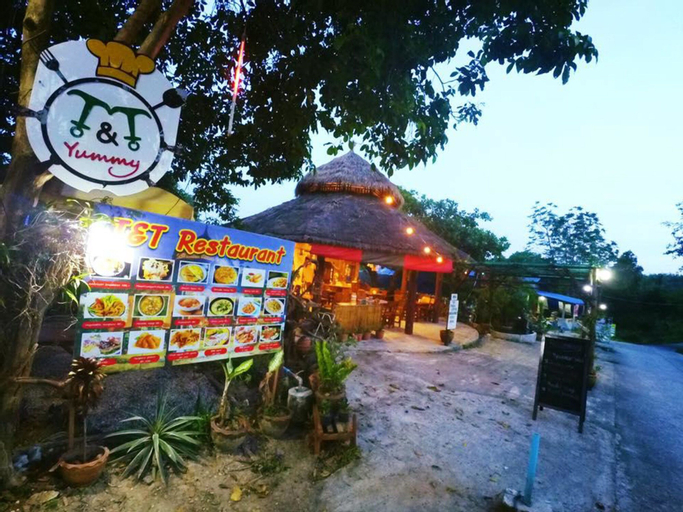 T and T House - Adults Only, Muang Ranong