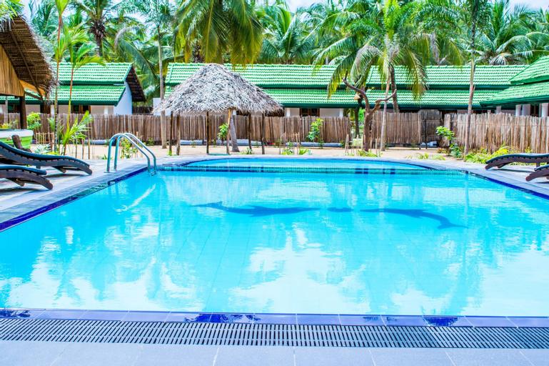 Ocean Wind Beach Resort, Kalpitiya