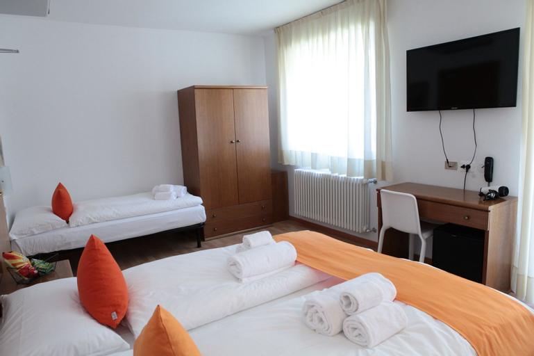 Athos Hotel, Trento