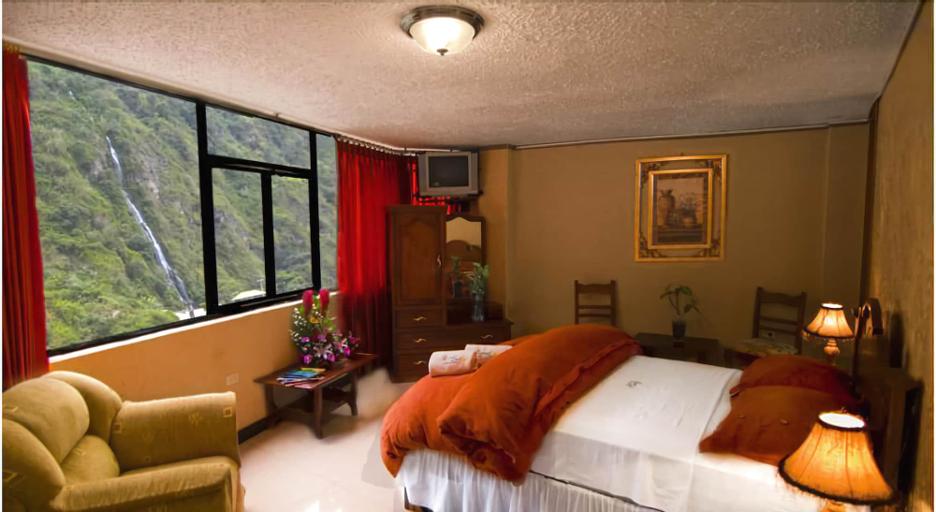 Puerta del Sol Hotel, Baños
