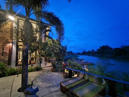 Baantidnam, San Pa Tong