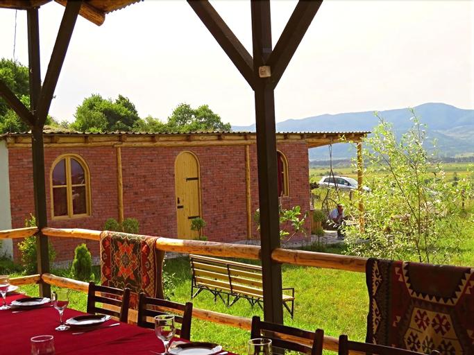 Villa Rbona, Khashuri