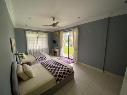 J Guest House, Kuala Penyu