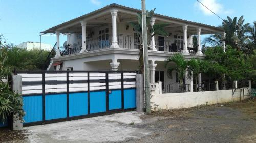 House with 2 bedrooms in Trou aux Biches Beach with enclosed garden and WiFi 300 m from the beach,