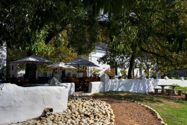 Under Oaks Guesthouse, Cape Winelands