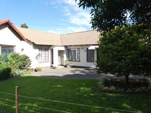 Garden Cluster Home, Ekurhuleni