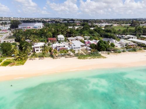 Banyan Beach House Villa,
