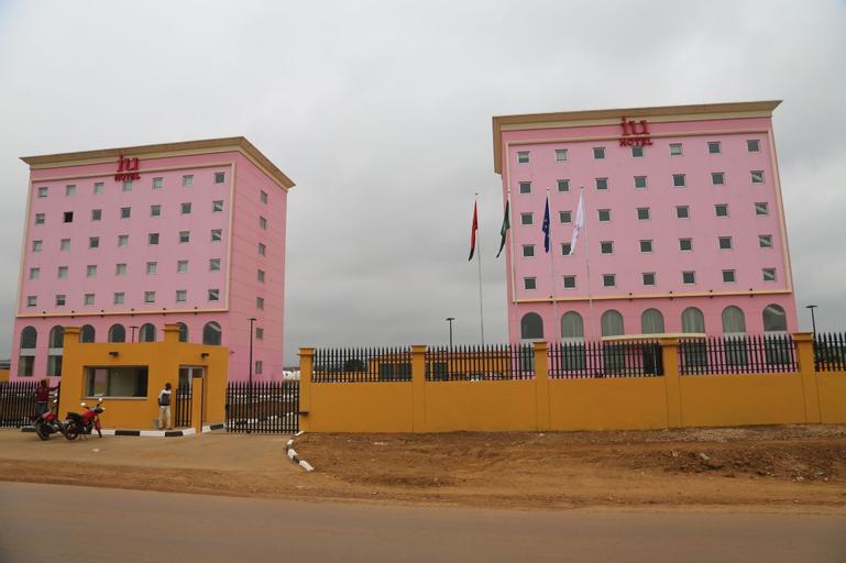 iu Hotel Mbanza Congo, M'Banza Congo