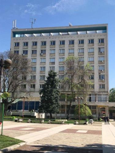 Хотелски Комплекс Родина, Mezdra