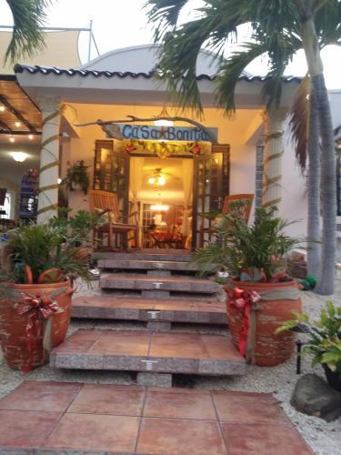 Casa Bonita Inn,
