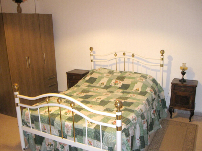 House With 4 Bedrooms in Aljezur, With Furnished Terrace and Wifi - 4 km From the Beach, Aljezur